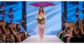 Kolekcia svadobných plaviek RELLECIGA® Ceremony debutovala na Bratislavských módnych dňoch
