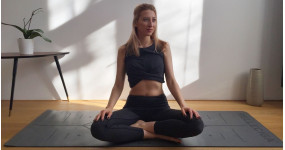 8 jednoduchých jogových pozícií pre flexibilitu a relax + fotky